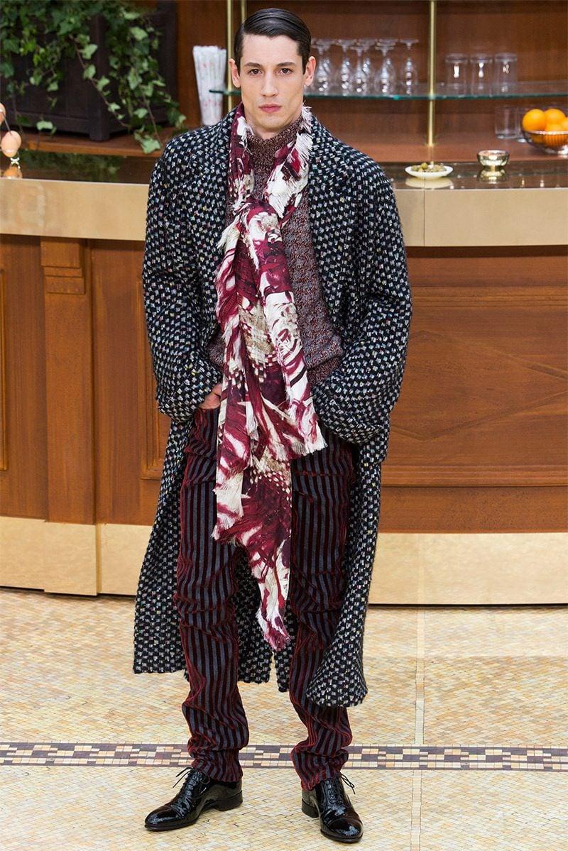 Männerfrisur 2015 Wet Look von Chanel