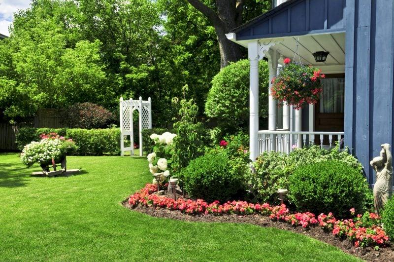 Moderne Gartengestaltung romantisch