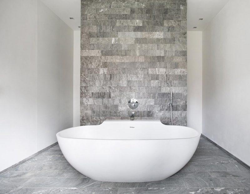 natursteinboden-granit-bad