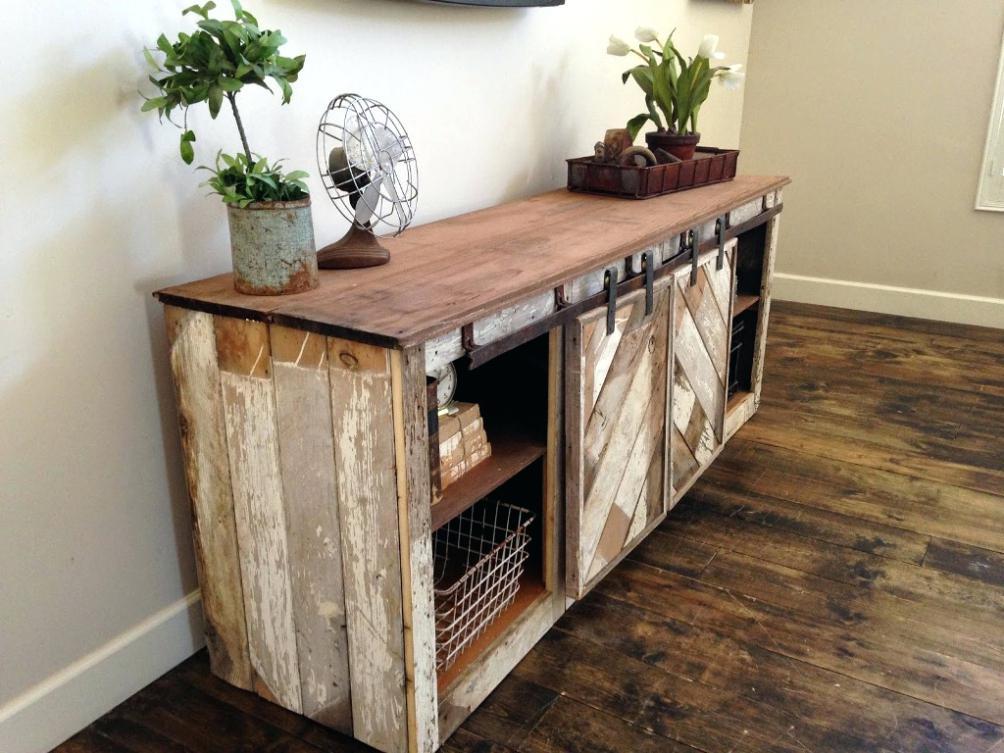 Sideboard selber bauen mit Holzbrettern