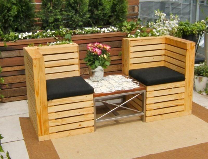 Sofa aus Europaletten für die Terrasse