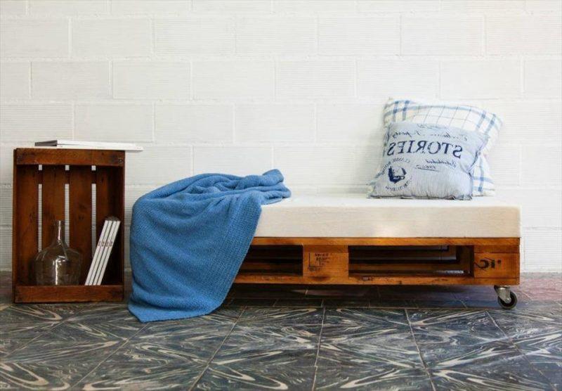 Sofa aus Europaletten nur als Sitzbank