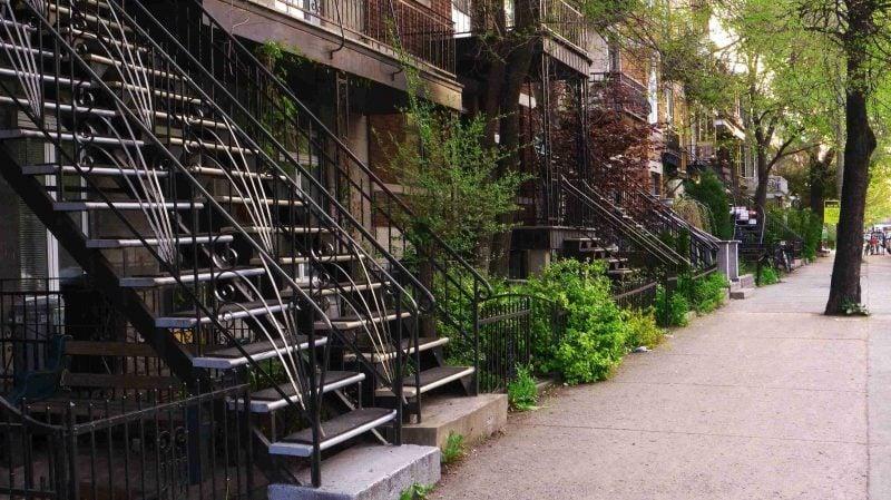 Stahltreppen außen in Monreal