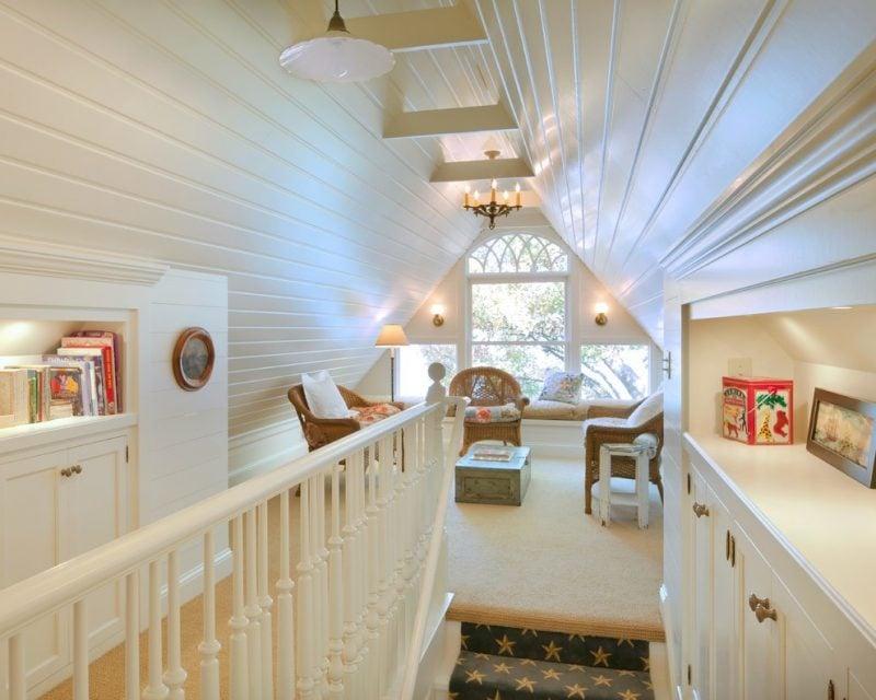 Treppengeländer selber bauen DIY Ideen aus Holz in Weiß