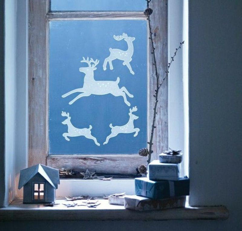 Fensterbilder zu Weihnachten Hirschen aus Papier