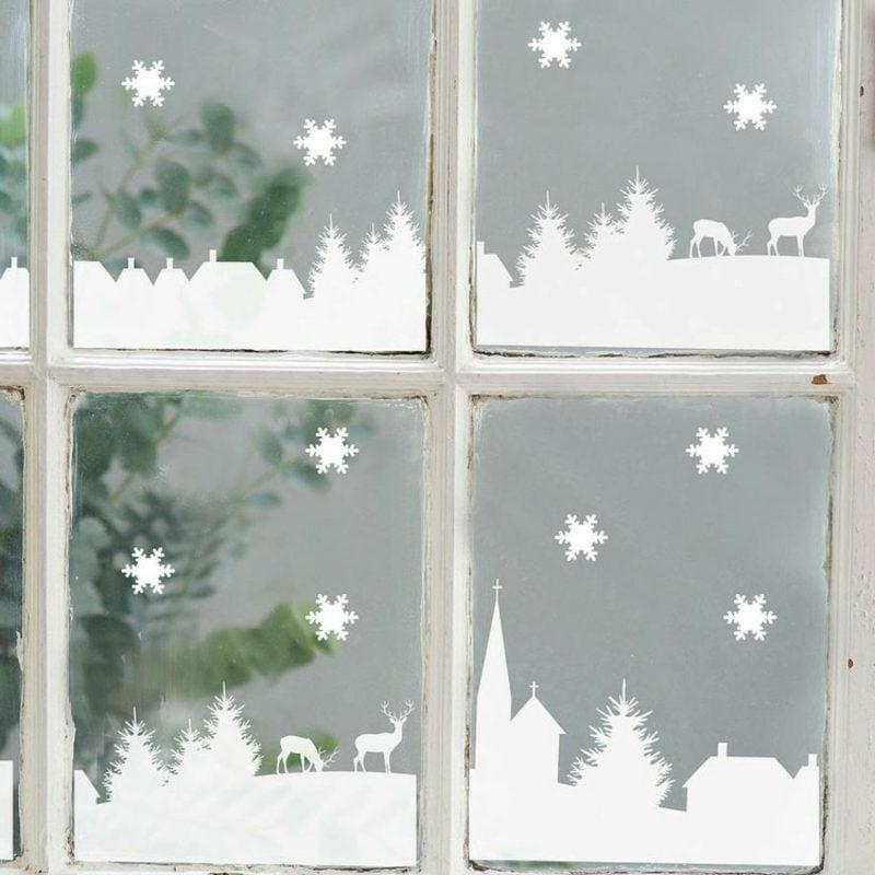 Fensterbilder zu Weihnachten Stadt aus Kunstschnee