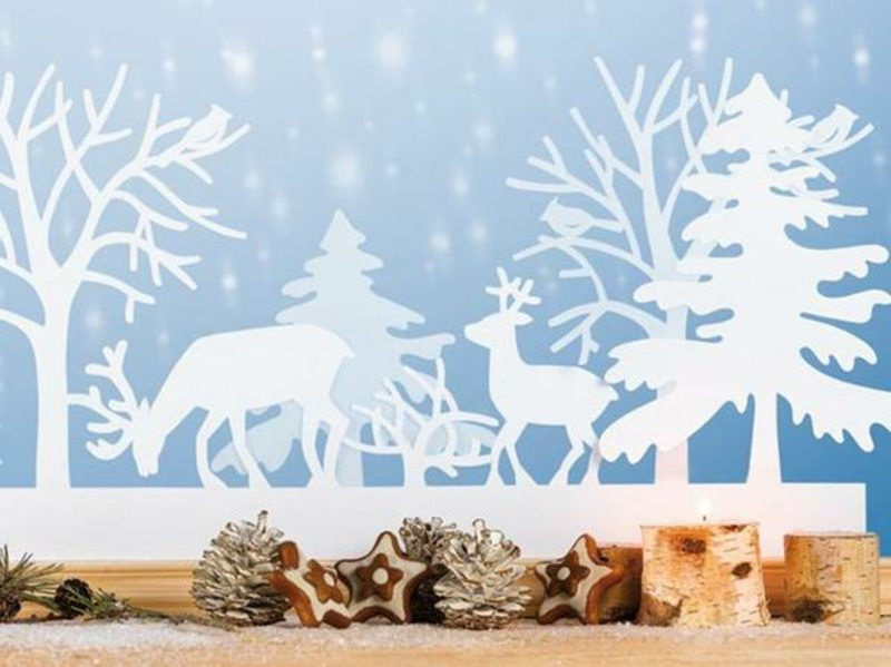 Fensterbilder zu Weihnachten Hirschen und Tannenbäume Papier