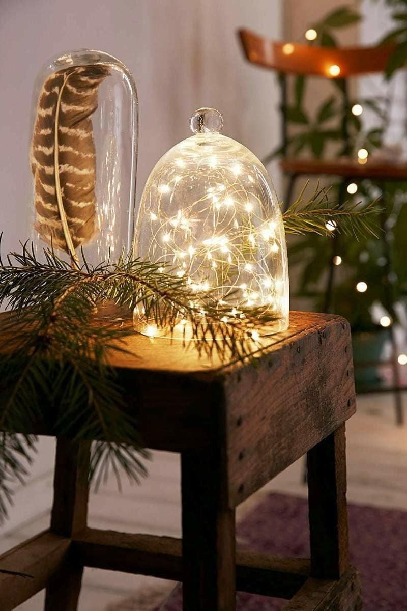 Dekoideen zu Weihnachten Lichterketten im Glas