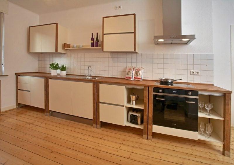 Modulküche aus Holz angenehme Farbgestaltung