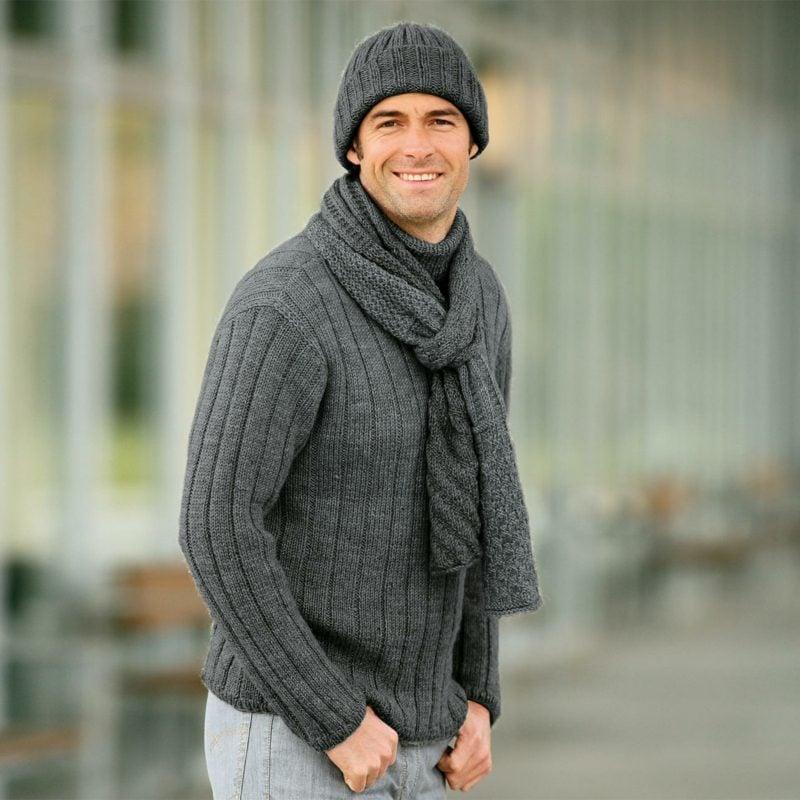 Geschenke für Männer zu Weihnachten Pullover, Schal und Mütze selber gestrickt