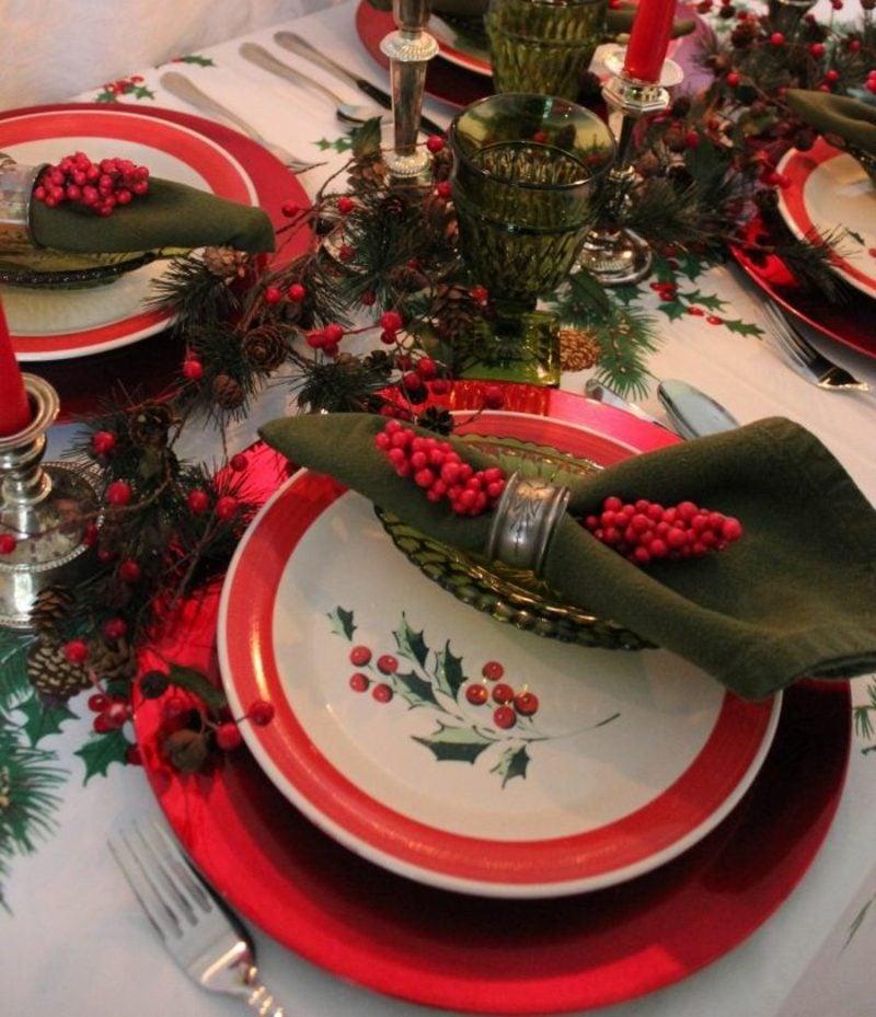 Servietten falten zu Weihnachten kreative Ideen Tischdeko