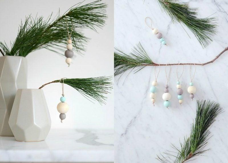 Basteln zu Weihnachten mit Kindern Aufhänger aus Holzperlen