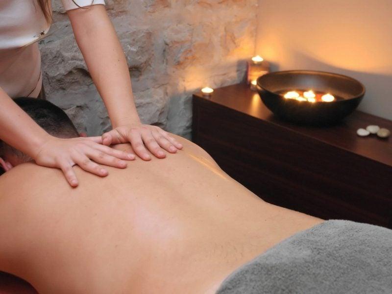 Geschenke für Männer zu Weihnachten Wellness Massage