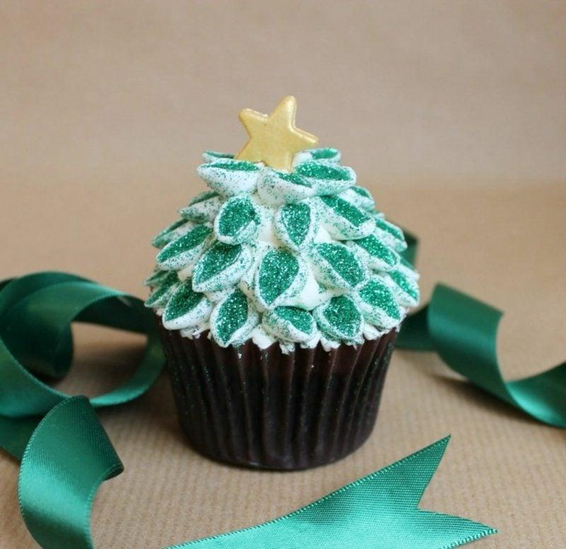 coole weihnachts cupcakes weihnachten farbe glitzer weihnachtsbaum