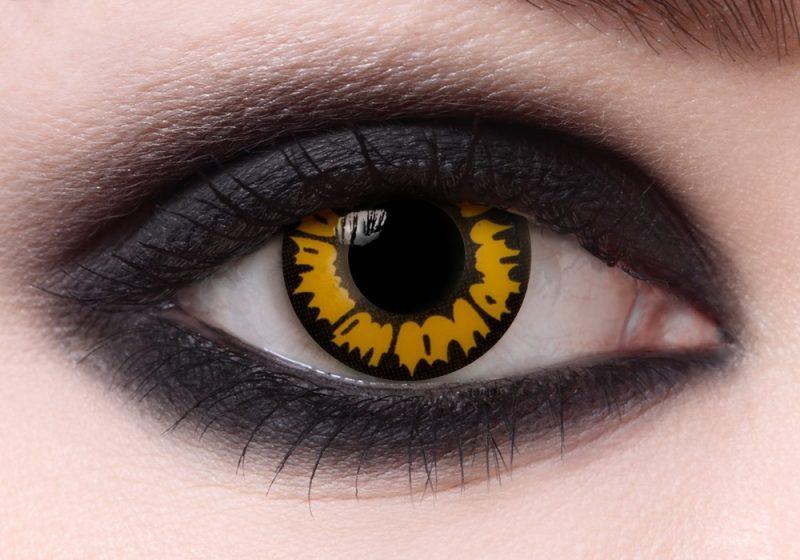Farbige Kontaktlinsen einzigartigen Look auf Party
