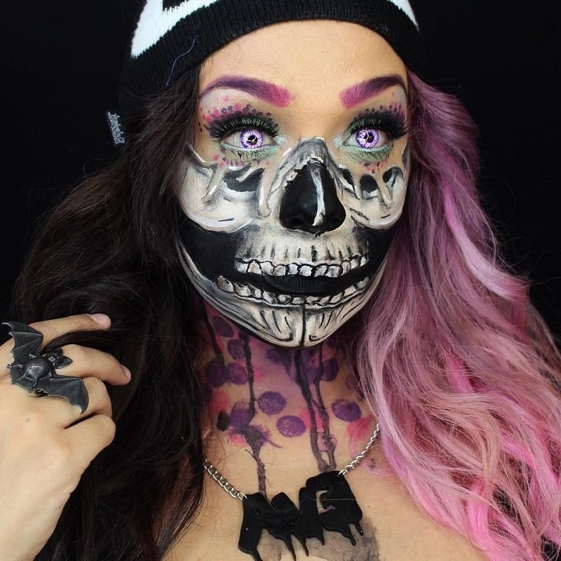 Farbige Kontaktlinsen für Halloween