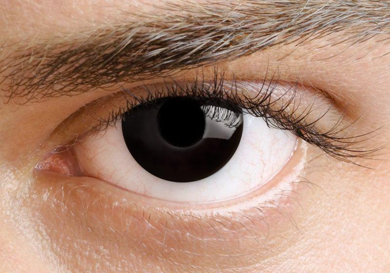 Farbige Kontaktlinsen schwarze Augen