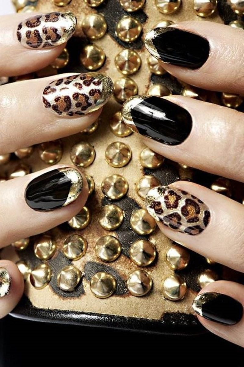 nailart Galerie originelles Nageldesign Winter Leopardenmuster