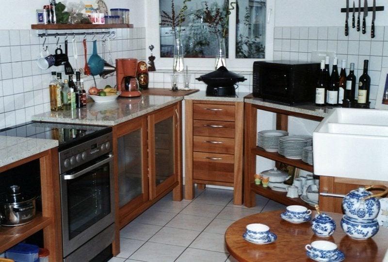 kleine modulare Küche aus Holz