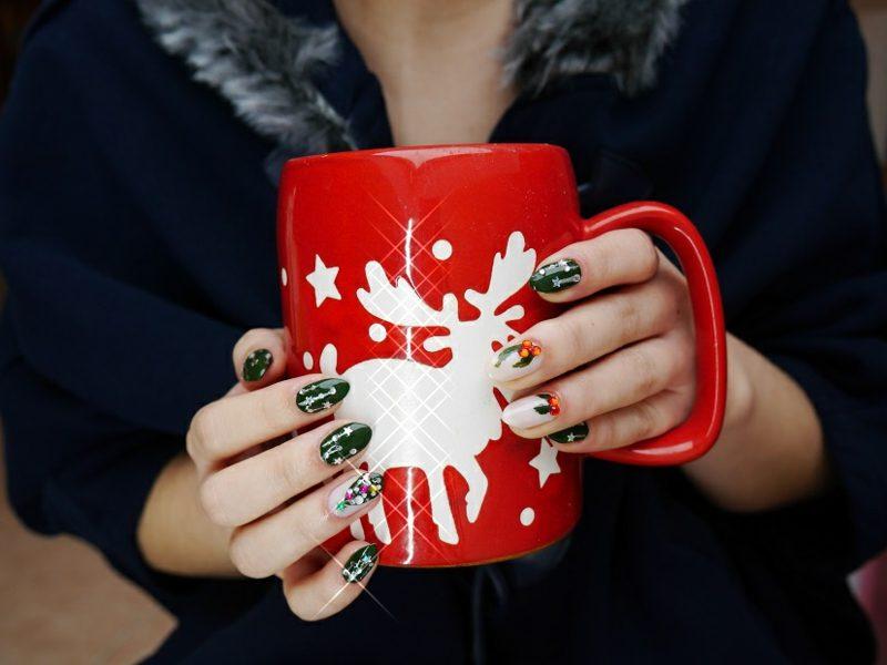 nageldesign weihnachten grosse tasse