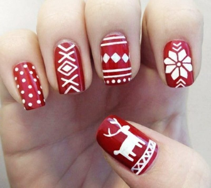 Nageldesign zu Weihnachten winter nail art