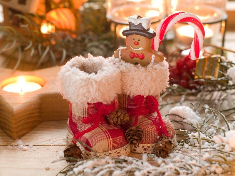 Selbstgemachte Nikolausgeschenken in Form von Keksen