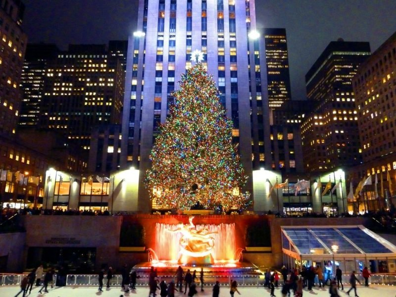 rockefeller center christmas tree new york city