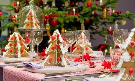 Tisch weihnachtlich dekorieren