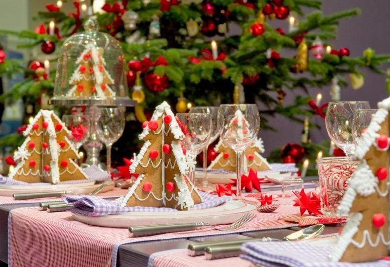 Tisch weihnachtlich dekorieren - DIY Ideen