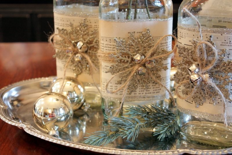 Flaschen weihnachtlich dekorieren