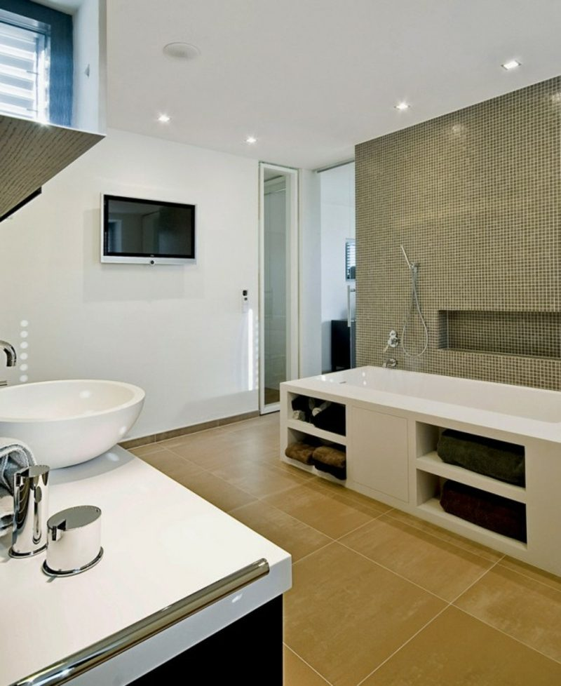Luxus Badezimmer Neutrale Farbgestaltung Bodenbelag Holz