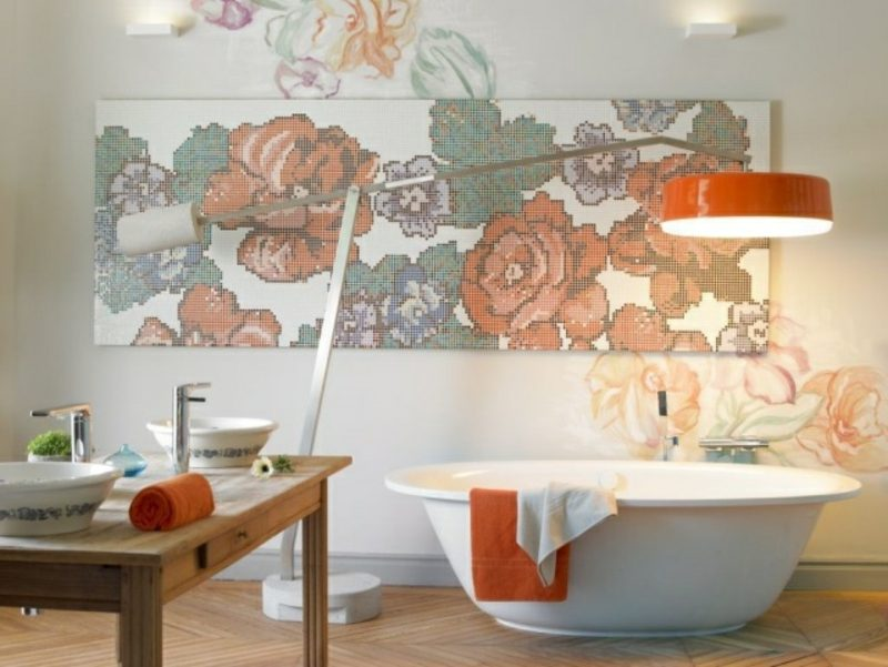 Luxus Badezimmer herrliche Akzentwand mit Mosaikfliesen