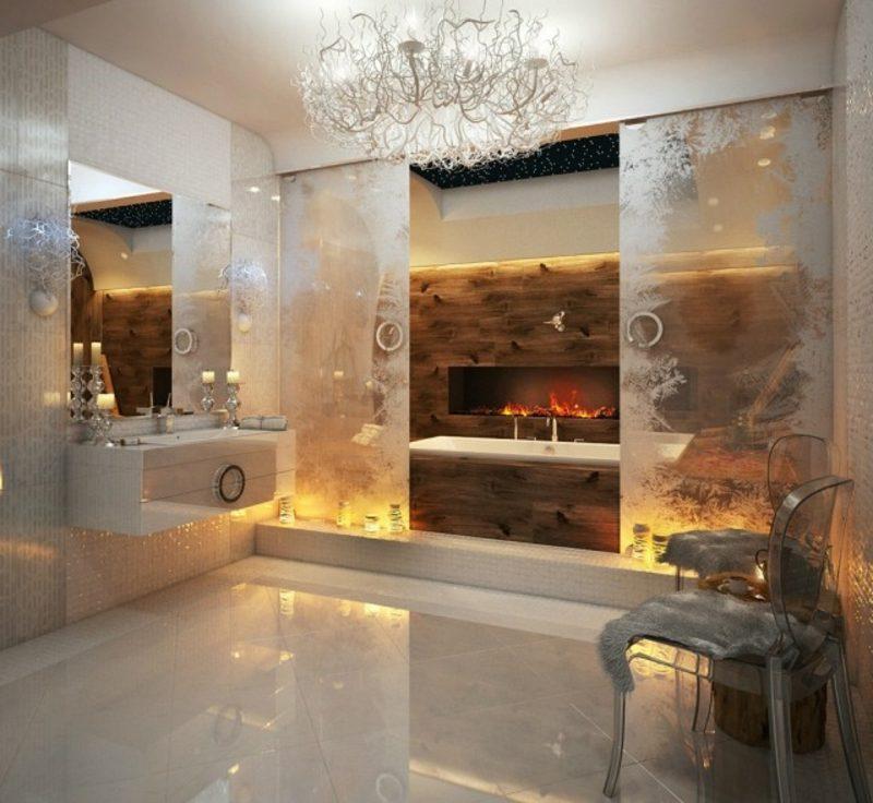 Luxus Badezimmer Kamin indirekte Beleuchtung prachtvolles Ambiente