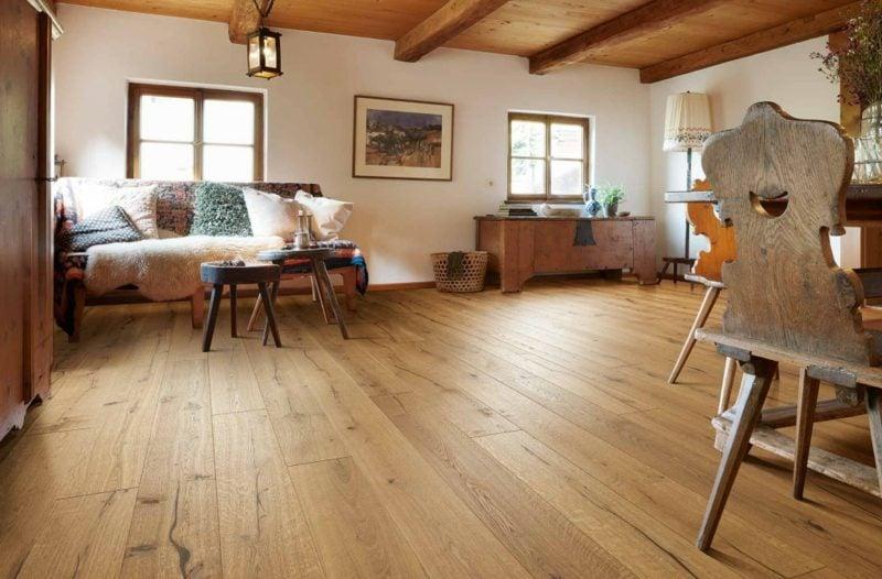 Industrieparkett aus Eiche Bodenbelag Wohnzimmer im Landhausstil