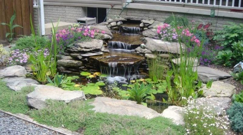 Gartenteich Umrandung Mauer als Naturstein