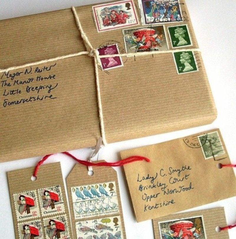 Geschenkpapier zu Weihnachten originelle Idee mit Briefmarken