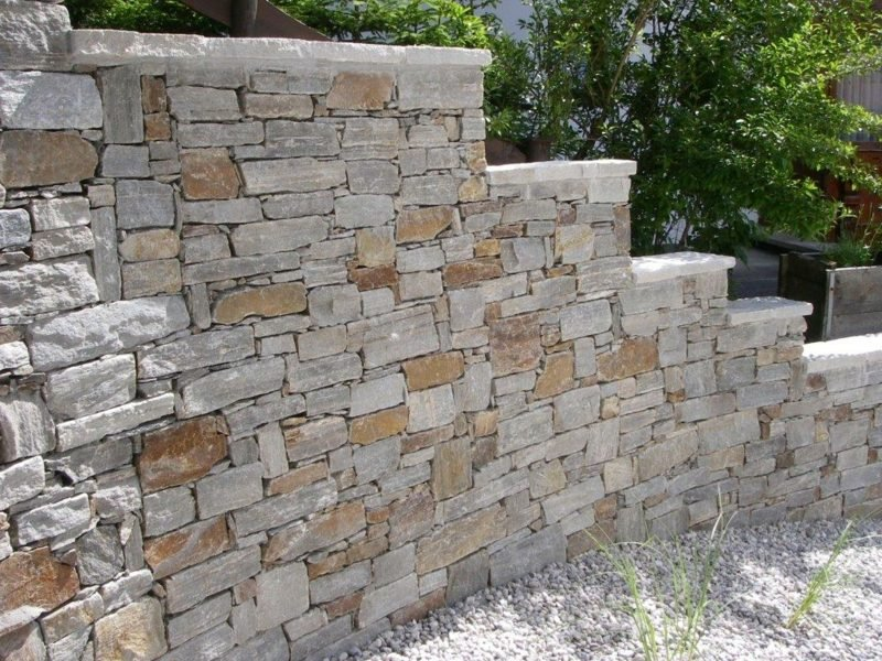 Steinmauer Gneis Garten Sichtschutz