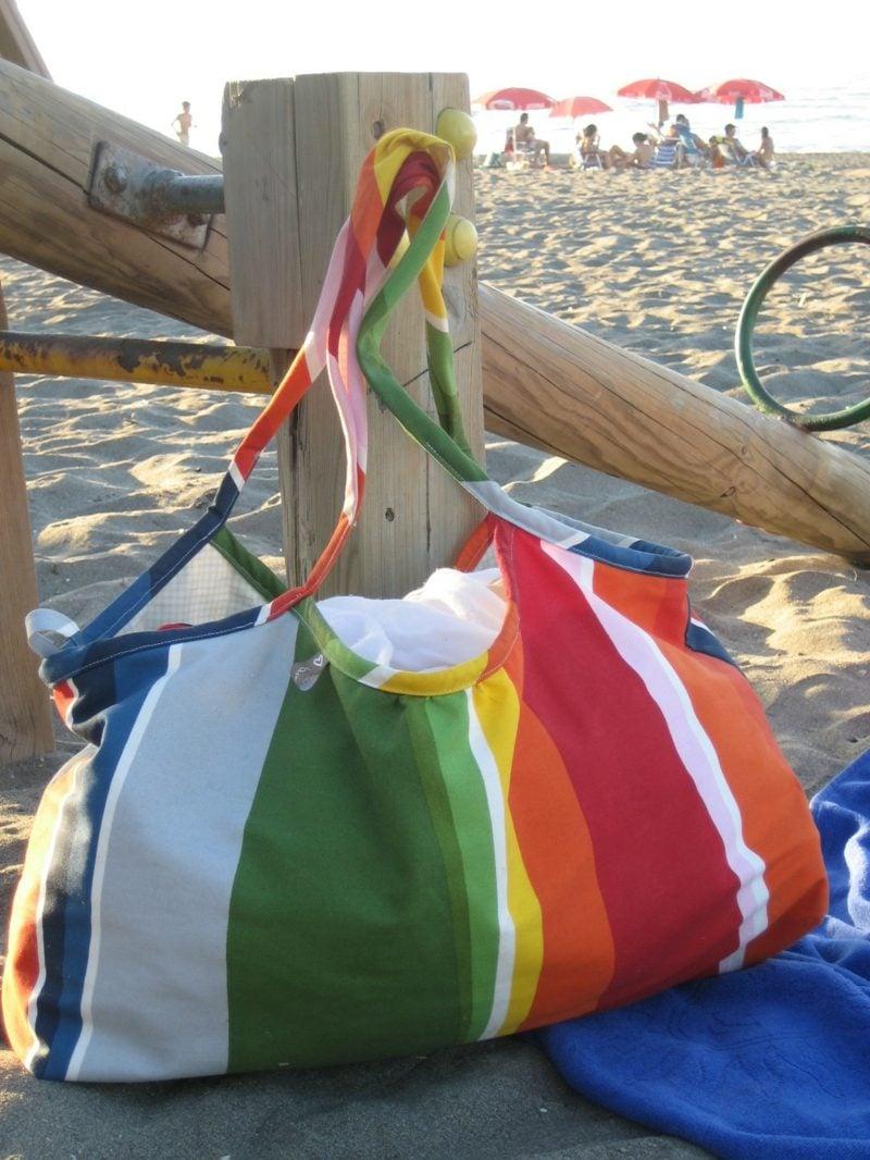 Strandtasche nähen Modell aus Stoff Regenbogenfarben