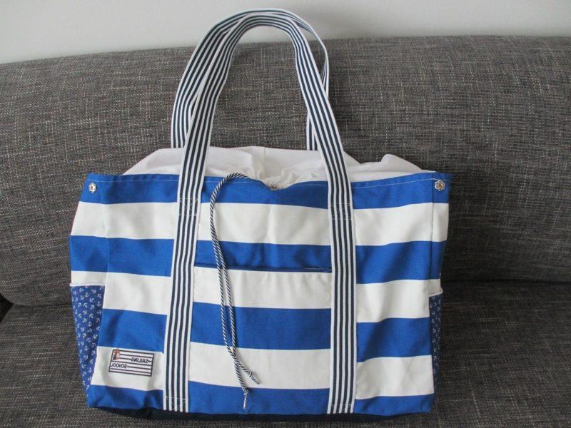 Strandtasche nähen weisse und blaue Streifen klassischer Look