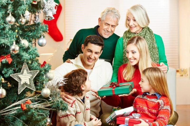 Weihnachten als Fest der Familie Geschenke für alle