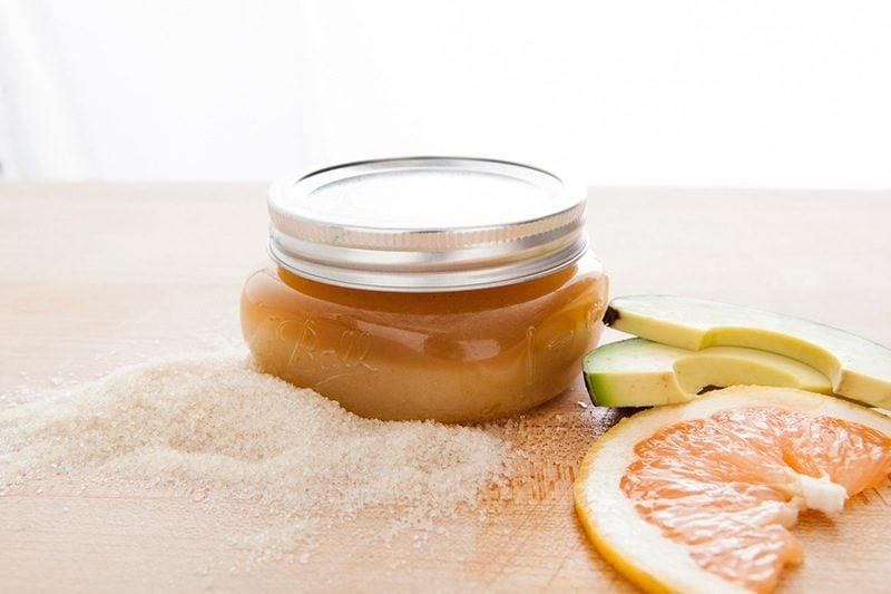 Duschgel selber machen - Grapefruit Avocado Peeling