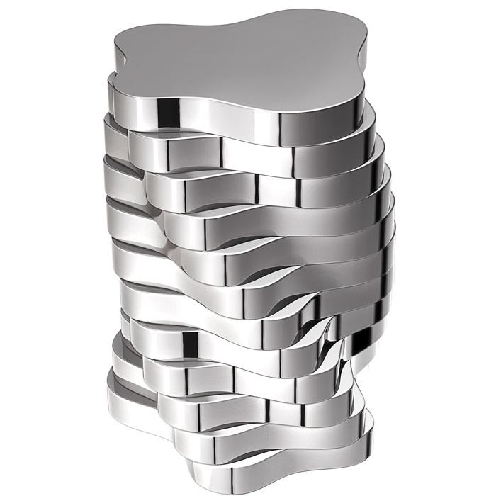 Ein einzigartiger Silbertisch.