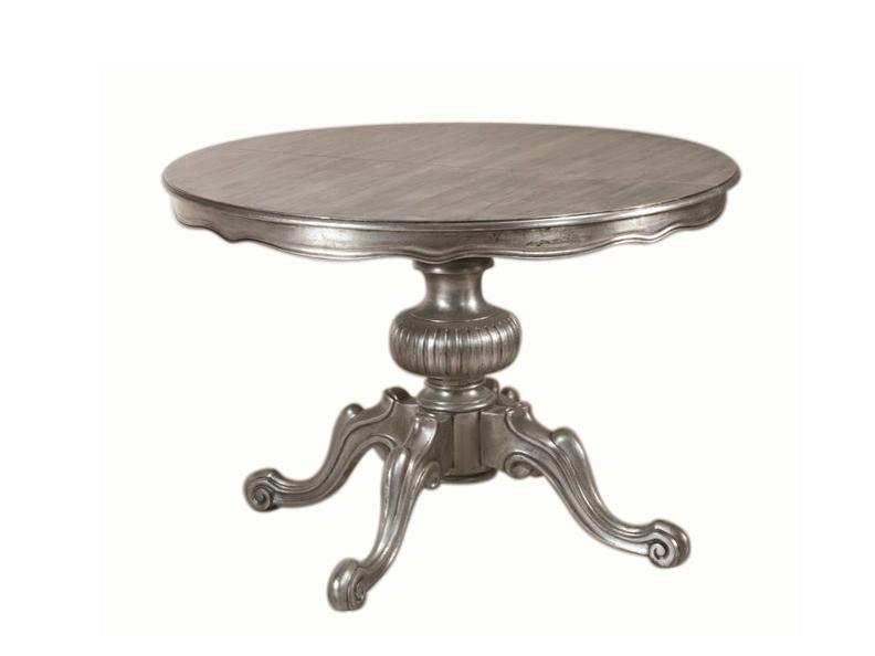 Mit kleinem Silbertisch die Wohnung gestalten.