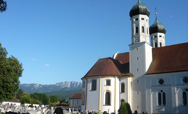 Ruhe in stressigen Tagen mit einem Klosterurlaub