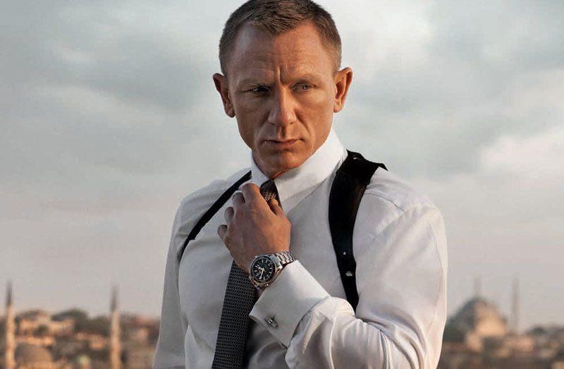 Luxusuhren James Bond trägt Uhr
