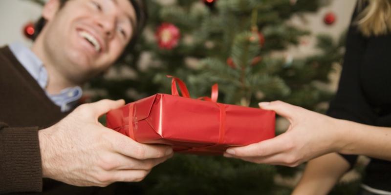 mannergeschenke-zu-weihnachteno-man-christmas-presents-facebook