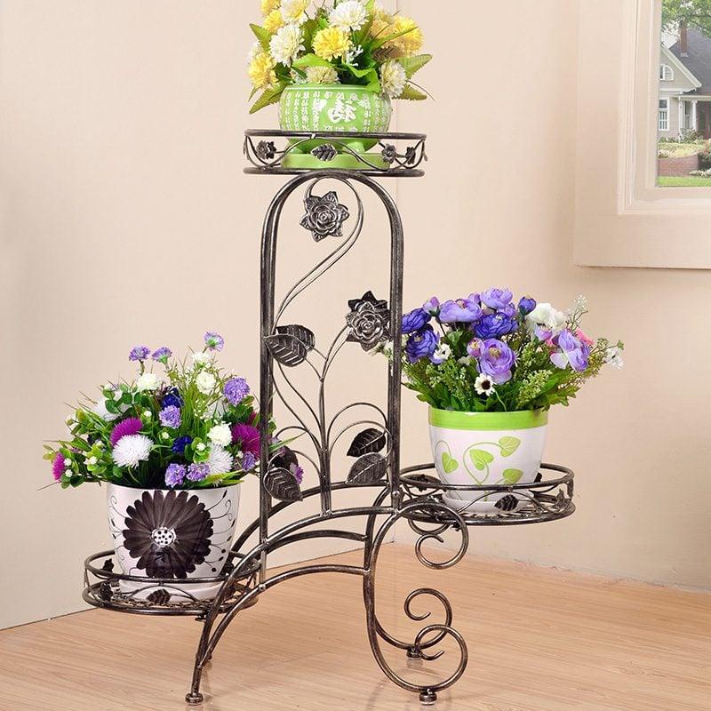 Blumenregal aus Metall