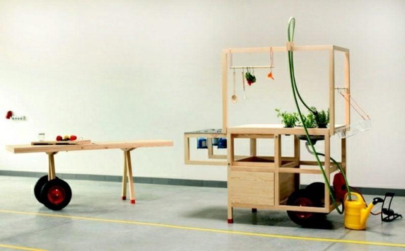 mobile Küche Holz und Edelstahl modernes und praktisches Design