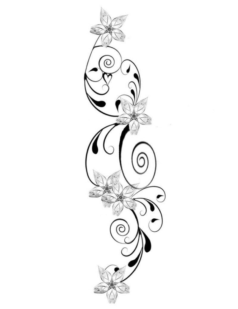 Blumenranken Tattoo Vorlage origineller Look