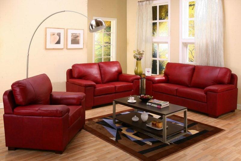 Ledermöbel in Rot für das Wohnzimmer!